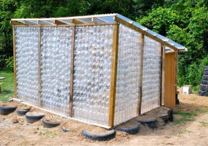 Repurposed_Plastic_Bottle_Greenhouses27