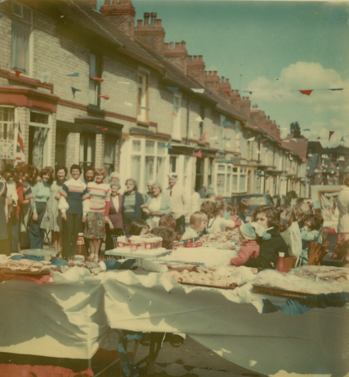 File:07-06-77-Silver-Jubilee-Street-Party-scan04.png|thumb|07-06-77-Silver-Jubilee-Street-Party-scan04
